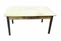 Rénovation d'une table de ferme