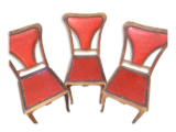 Lot 3 chaises cloutées