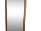 Miroir doré en bois