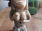 Statuette terre cuite représentant une femme nue
